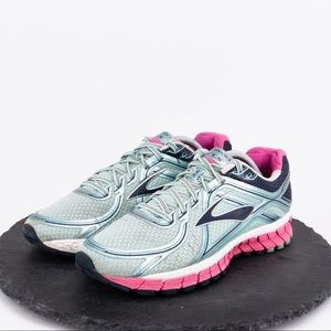 Brooks Adrenaline GTS 16 Women's Size 11B